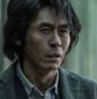 ファン・サンジュン班長役(ソル・ギョング)