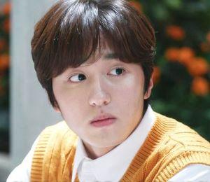 ファン・ウジュ役(チャニ SF9)